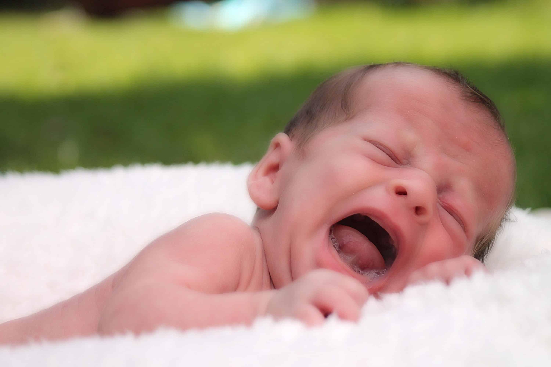 Pianto del neonato: quali sono le ragioni?