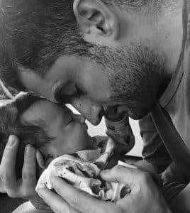 Neonata e papà
